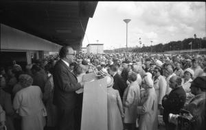 Ekholmens centrum invigs den 1 september 1972.